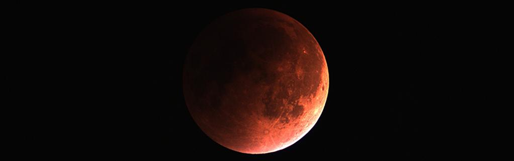 Total måneformørkelse, 28 September 2015
